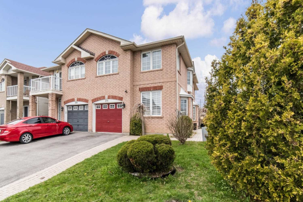 271 Shadow Pl, Pickering