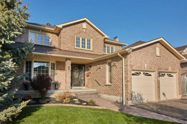 1 Headlands Cres, Whitby