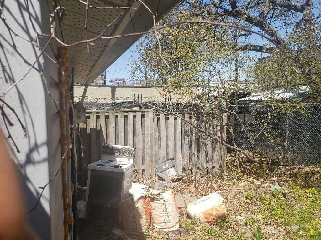 Listing E4765570 - Thumbmnail Photo # 3