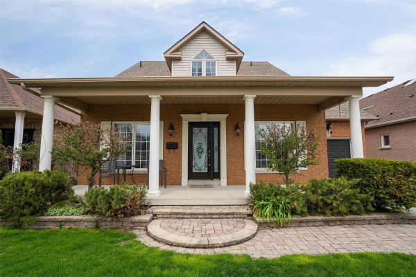 255 Waterbury Cres, Scugog