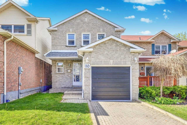 10 Greenfield Cres, Whitby