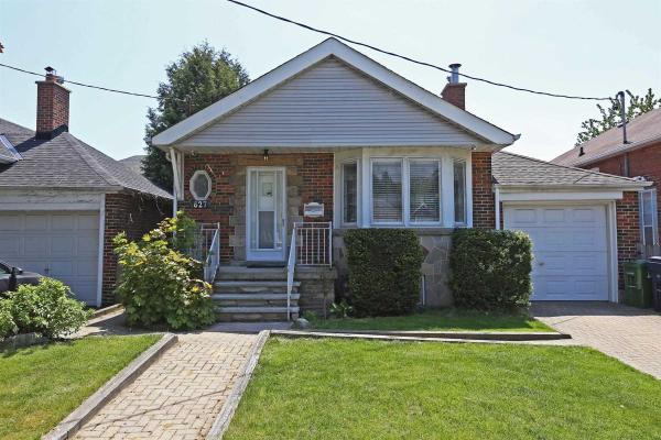 627 Oconnor Dr, Toronto