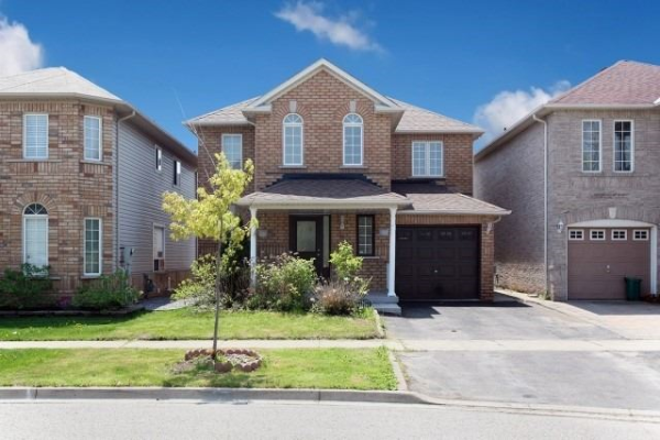 45 Howling Cres, Ajax