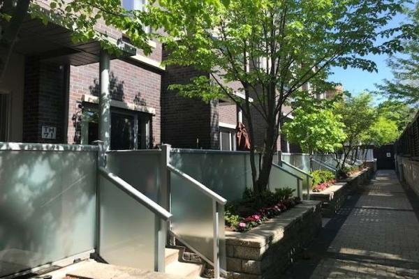315 Village Green Sq, Toronto
