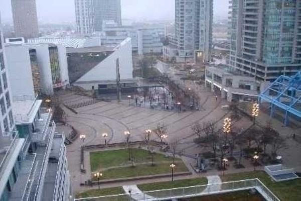 70 Town Centre Crt, Toronto