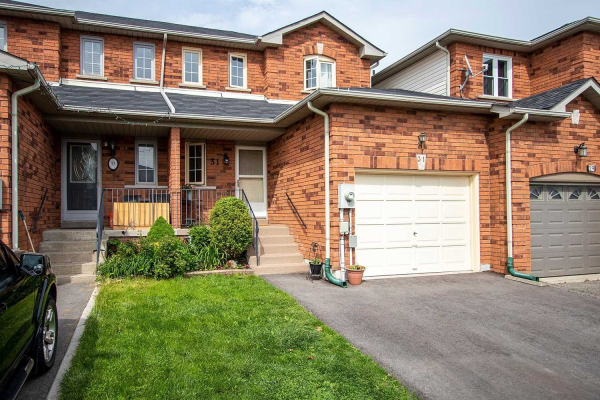 31 Somerscales Dr, Clarington