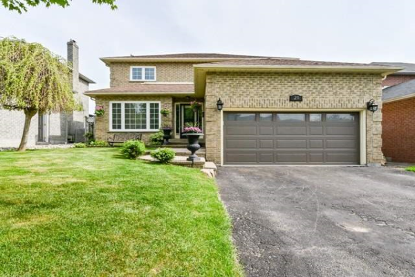 21 Limestone Cres, Whitby