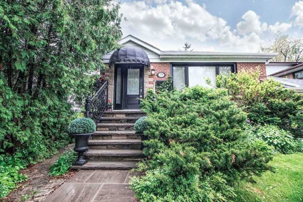39 Marsh Rd, Toronto