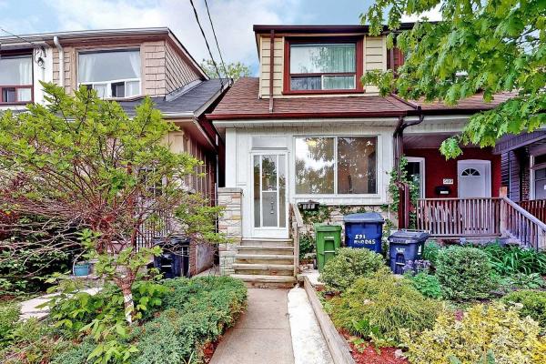 591 Rhodes Ave, Toronto