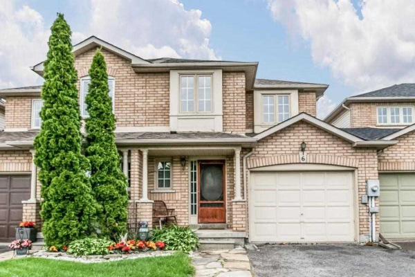 6 Somerscales Dr, Clarington