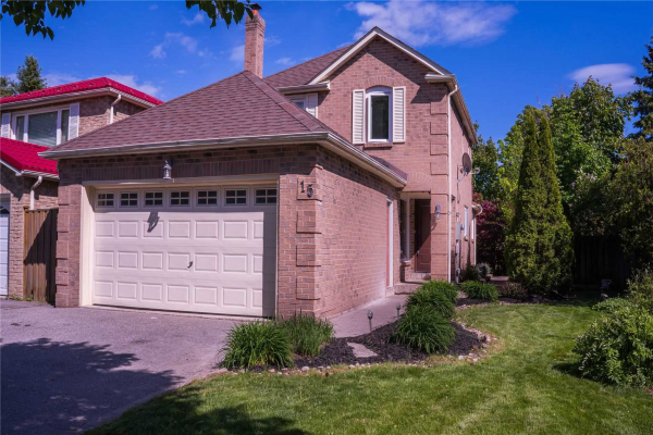 15 Stockbridge Cres, Ajax