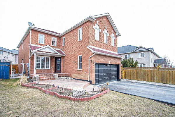 301 Old Harwood Ave, Ajax