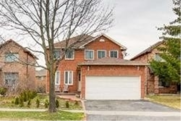 262 Ravenscroft Rd, Ajax