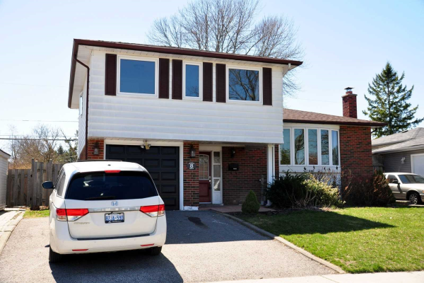 8 Archer Dr, Ajax