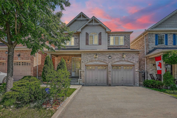 60 Loughlin Hill Cres, Ajax
