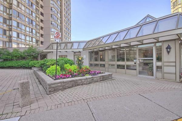 3233 Eglinton Ave E, Toronto