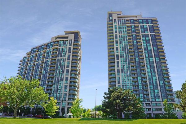68 Grangeway Ave, Toronto