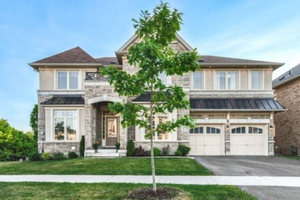 53 Westgate Ave, Ajax