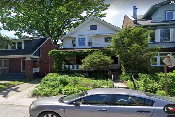 76 Bellefair Ave, Toronto