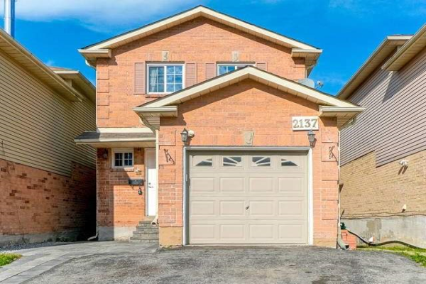 2137 Denby Dr, Pickering