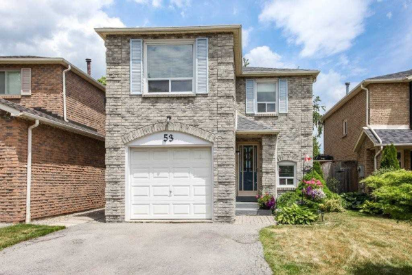 53 Barrett Cres, Ajax