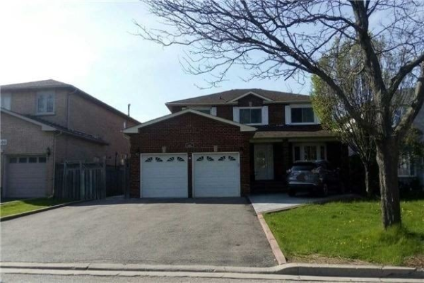 1602 Middleton St, Pickering