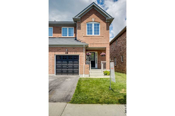 40 Michaelman Rd, Ajax