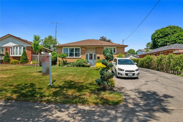 14 Sunset Rd, Clarington