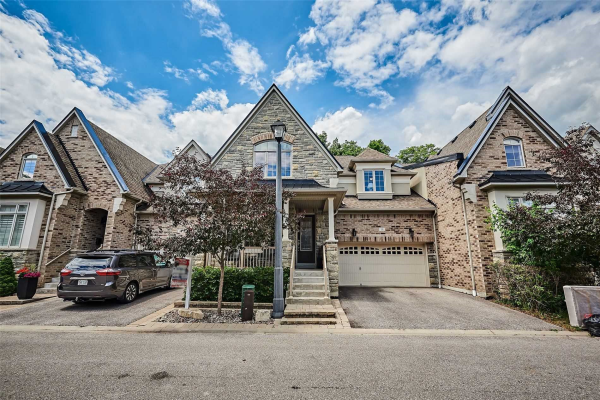 38 Illingworth Lane, Ajax