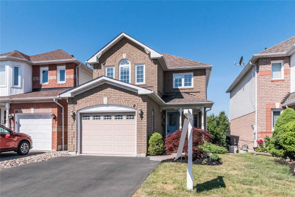 8 Vintage Dr, Whitby