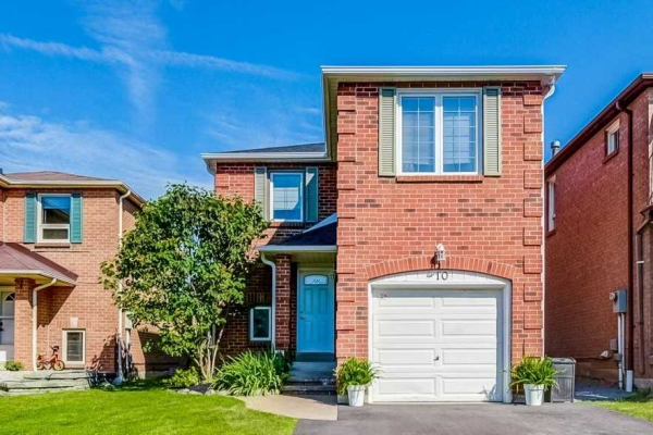 10 Brockman Cres, Ajax