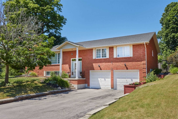 11 Windsor Valley Gate, Clarington