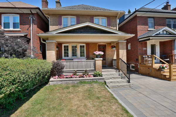 18 Glen Stewart Ave, Toronto