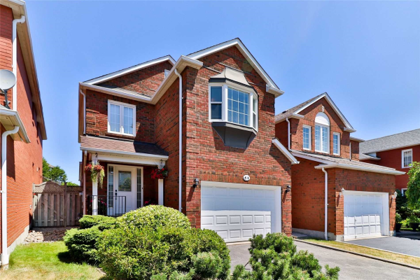 61 Booth Cres, Ajax