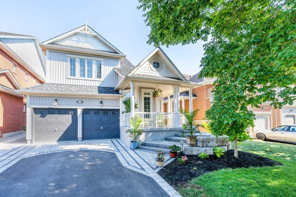 10 Helston Cres, Whitby