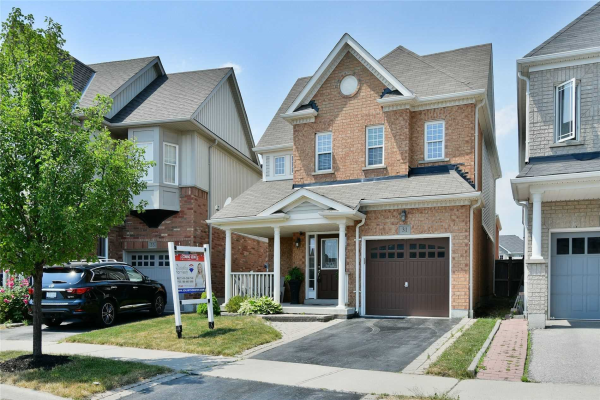 31 Decourcy-Ireland Circ, Ajax