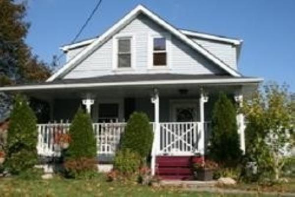 150 Taunton Rd W, Oshawa