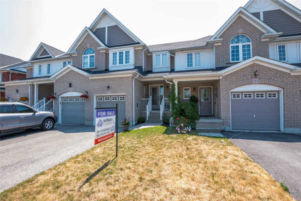 178 Lady May Dr, Whitby