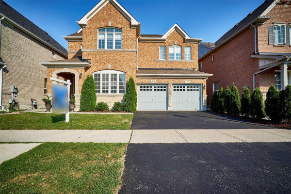 115 Decourcy-Ireland Circ, Ajax