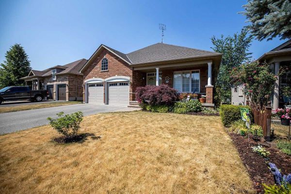 1452 Greenvalley Tr, Oshawa