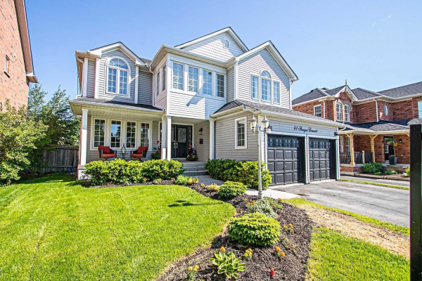 41 Sturgess Cres, Whitby
