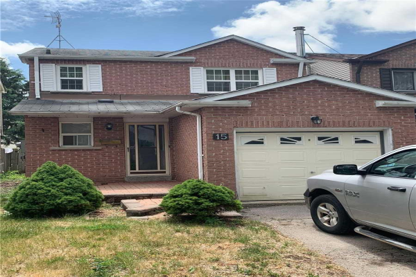 15 Greenfield Cres, Whitby