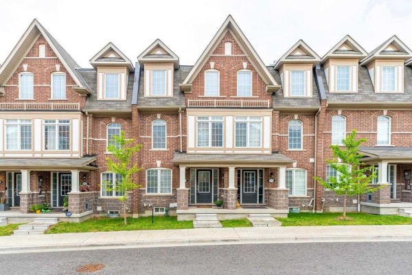 22 Graywardine Lane, Ajax