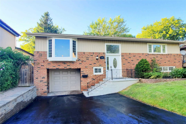 510 Sheppard Ave, Pickering