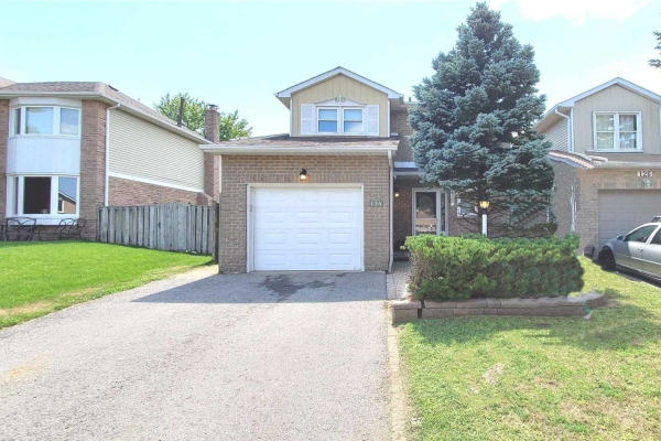 124 Kirby Cres, Whitby