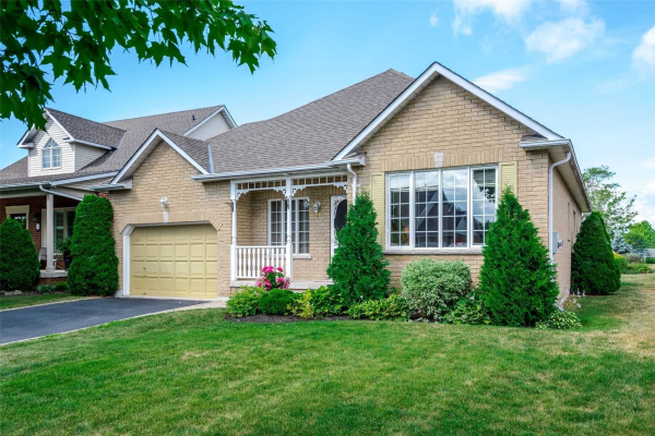 68 Waterbury Cres, Scugog