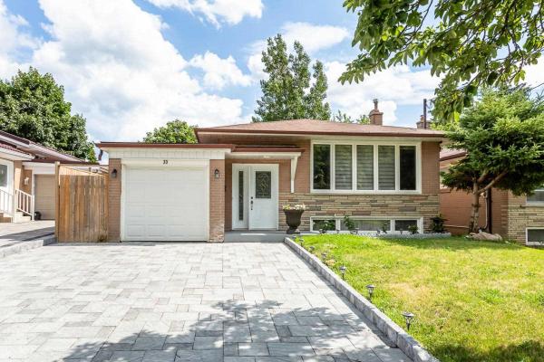 33 Slan Ave, Toronto