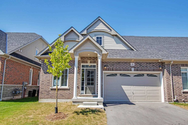 19 Washburn Path W, Clarington