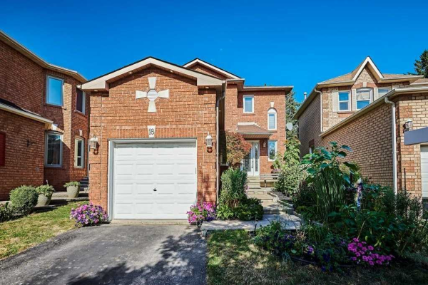 18 Sable Cres, Whitby