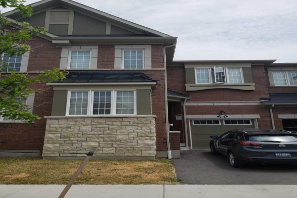 2444 Moonlight Cres, Pickering
